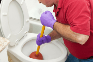 6 Step to Unclogging a Toilet